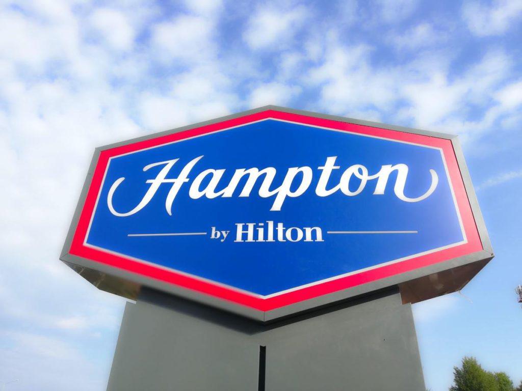 Hampton by Hilton 3*